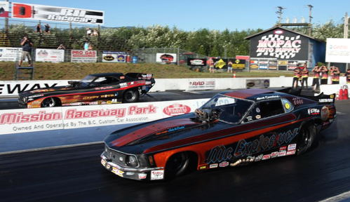 The event's 'all-IHRA' final saw Boychuk out duel Mark Sanders