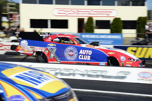 (Robert Hight sped to both low ET and top MPH - while earning the pole at Maple Grove Raceway)